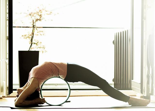 mejor-rueda-de-yoga