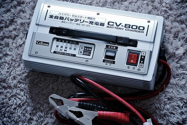 mejor-arrancador-de-batería