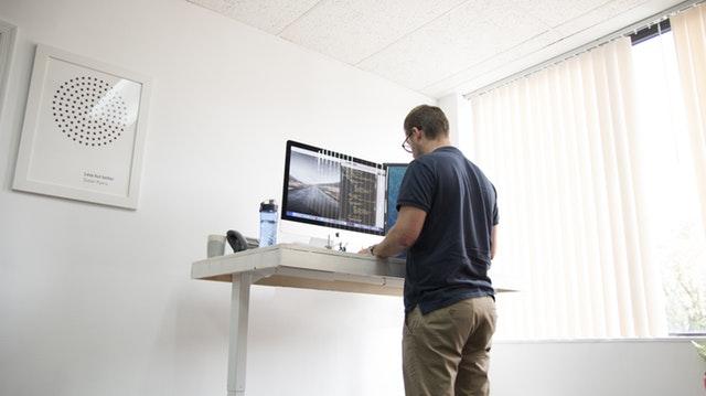 mejor-escritorio-de-pie