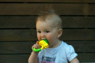 mejor-alimentador-antiahogo-para-bebé