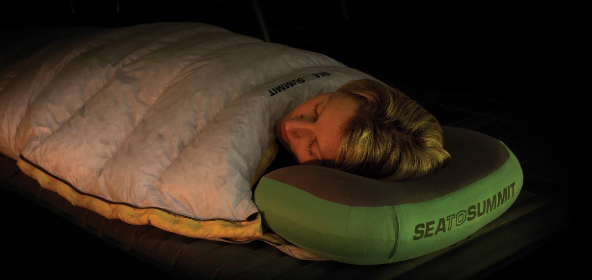 mejor-almohada-para-camping