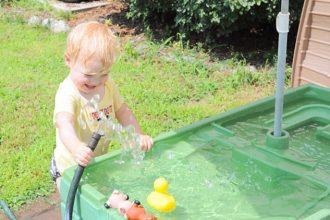 mejor-mesa-de-juguete-de-agua