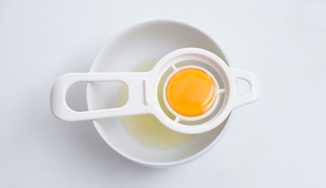 mejor-separador-de-claras-y-yemas-de-huevos