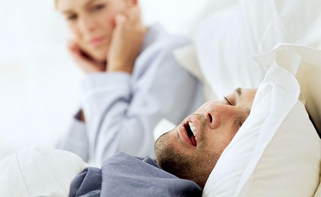 mejor-almohada-anti-ronquidos