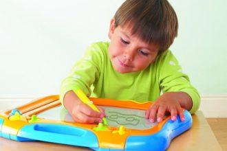 mejor-pizarra-magnética-para-niños