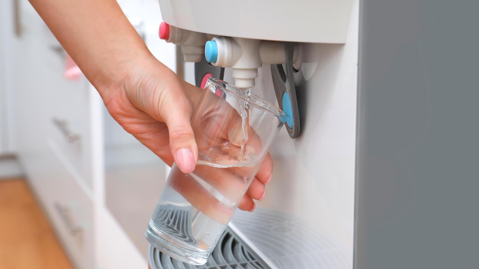 mejor-dispensador-de-agua